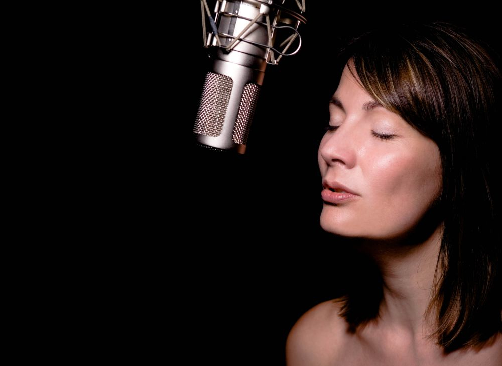 How to Maintain a Healthy Singing Voice: A Guide