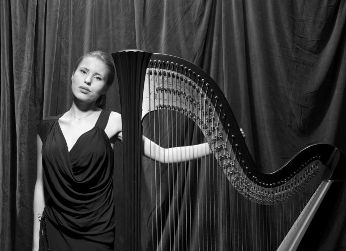 Alexandra Harpist London7