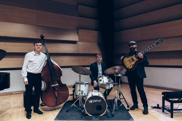 April Skies Leeds Jazz Band