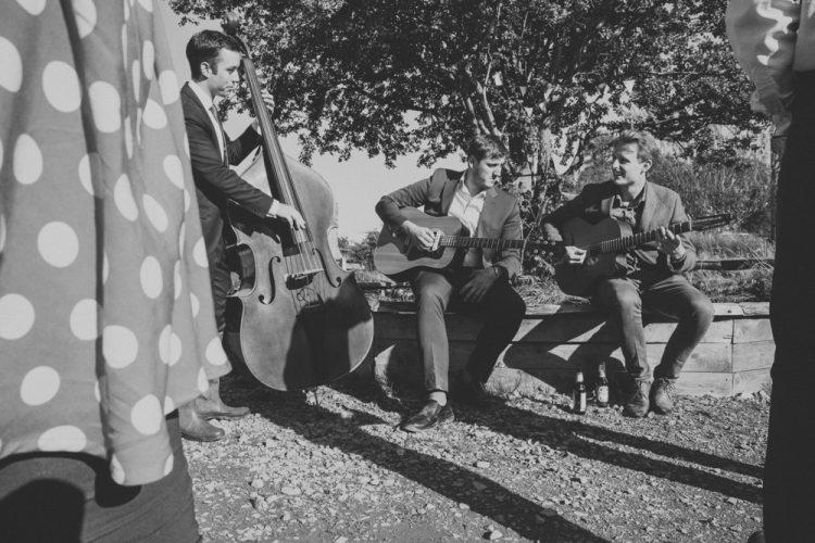 Django Lives Gypsy Jazz Trio London2