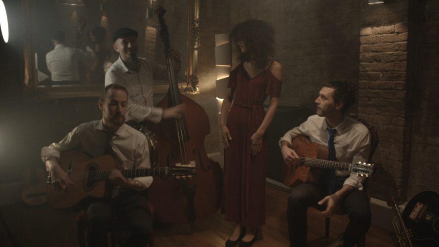 Djangos Jive Gypsy Jazz Band4