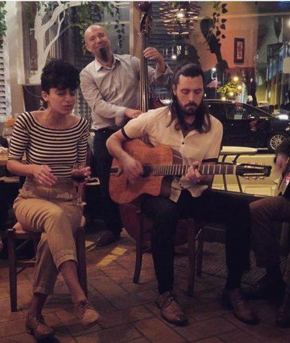 Djangos Jive Gypsy Jazz Band7