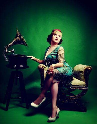 Fc Singer Postmodern Lily Von Rouge2 1