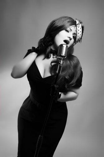 Fc Singer Postmodern Lily Von Rouge8 2