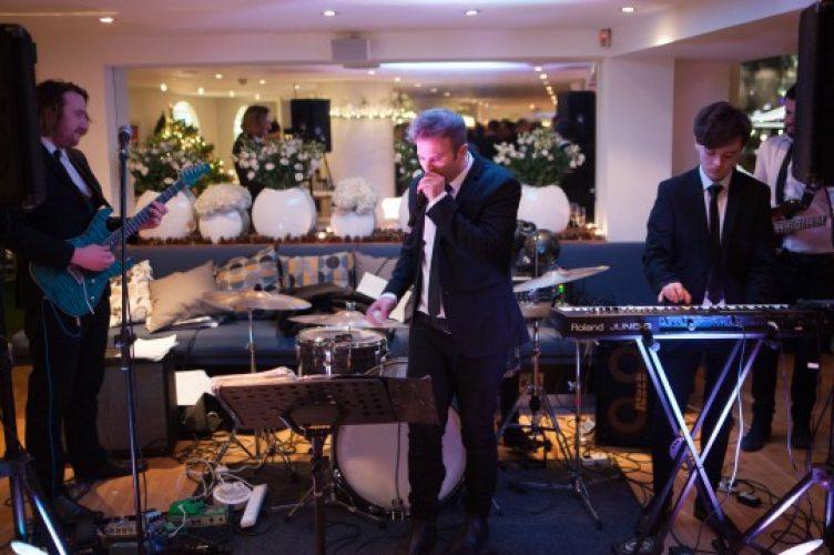 Get Carter London Wedding Band