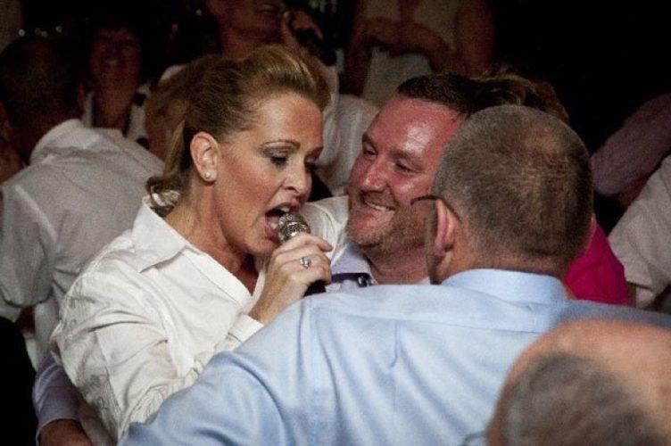 Hush Hush Singing Waiters