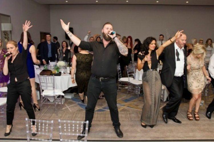 Hush Hush Singing Waiters11