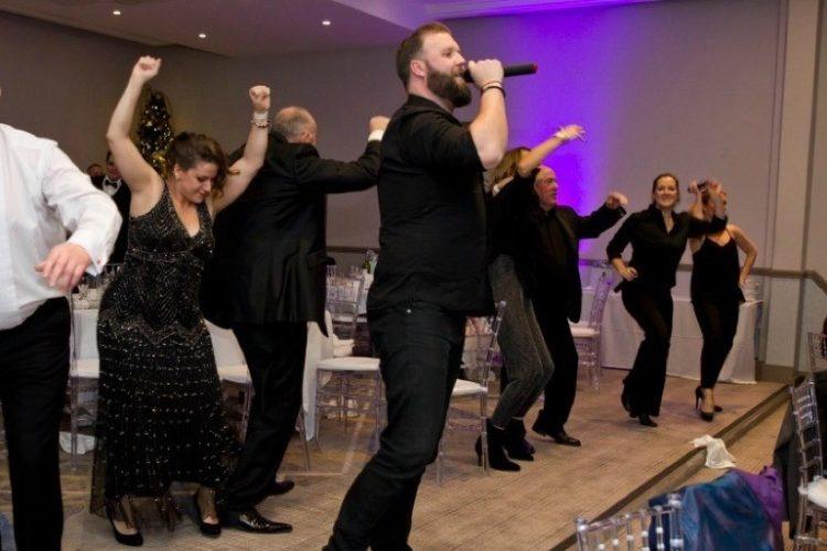 Hush Hush Singing Waiters6