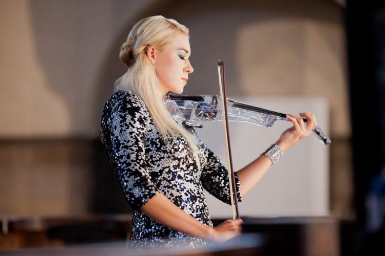 Kate Solo Violinist Leeds 10