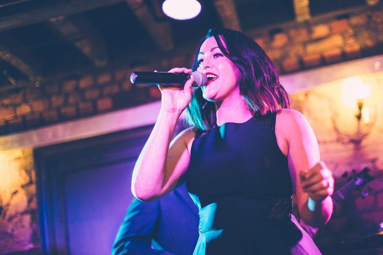 Maria Singer Live