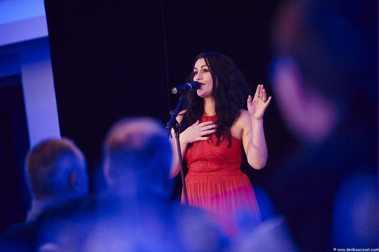 Maria Wedding Singer Manchester Live 3