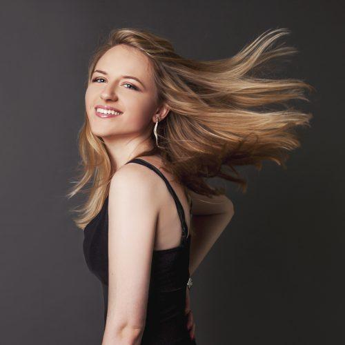 Serena Louise Vocalist 4