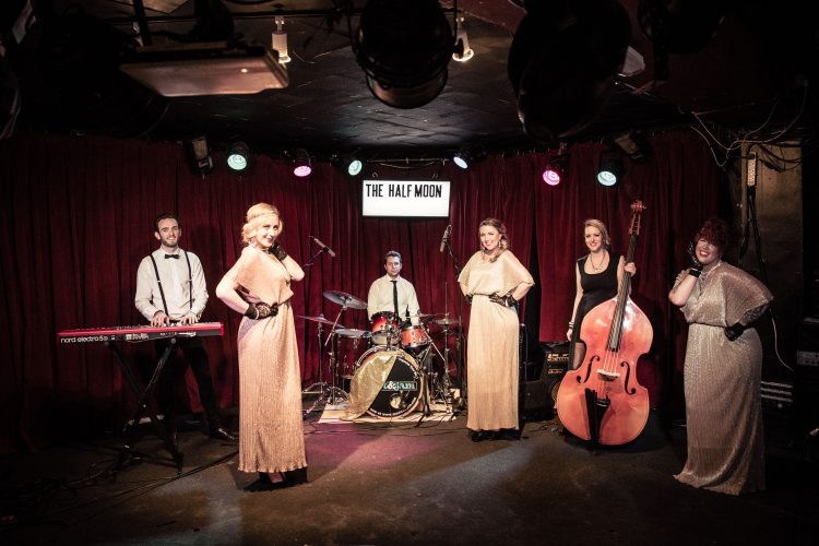 The Bellas Vintage Band London2