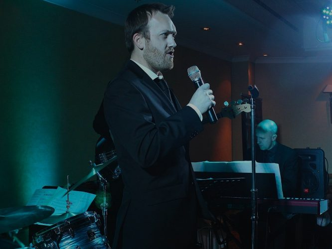 The Blue Notes Wedding Band South Yorkshire 7