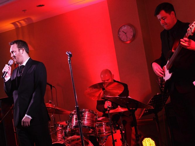 The Blue Notes Wedding Band South Yorkshire 9