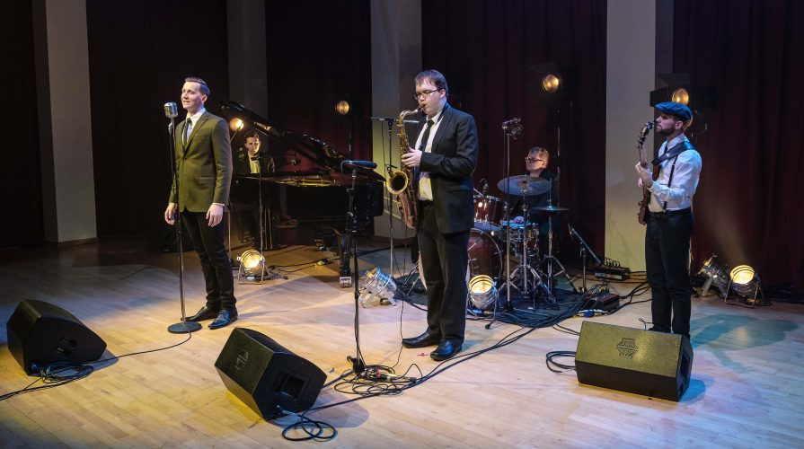 The Hudson Entourage Jazz Band14