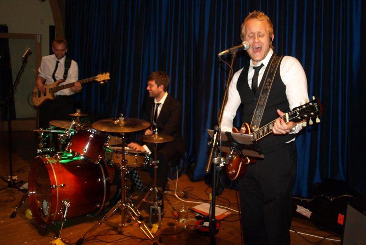 The Novembers Wedding Band London 7