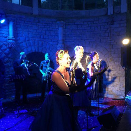 The Rockettes Vintage Band11
