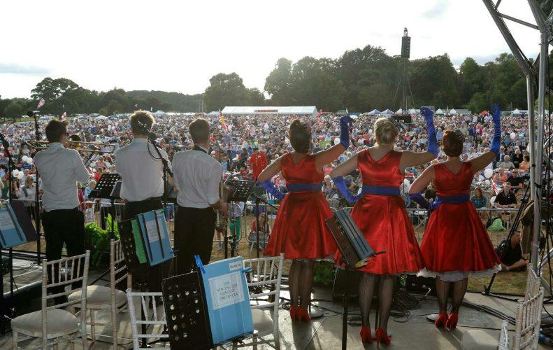 The Rockettes Vintage Band13