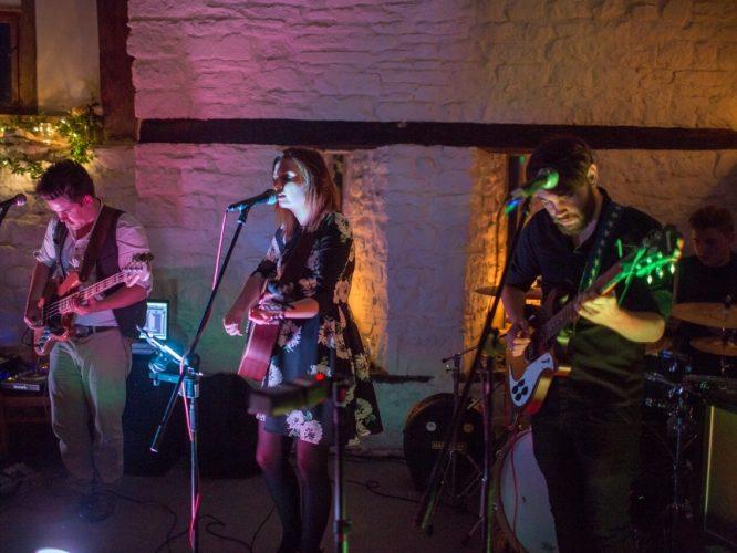 The Shenanigans Wedding Band Oxfordshire 15
