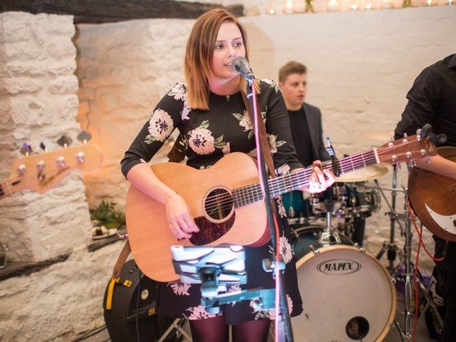 The Shenanigans Wedding Band Oxfordshire 16