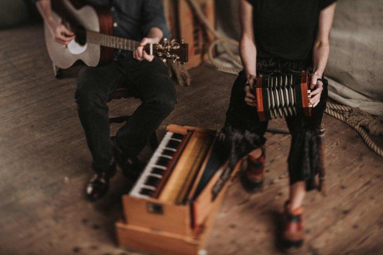 Wildwood Folk Acoustic Duo1
