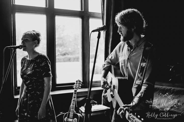 Wildwood Folk Acoustic Duo4