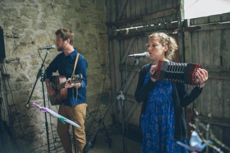 Wildwoodfolk Duo Folk Band