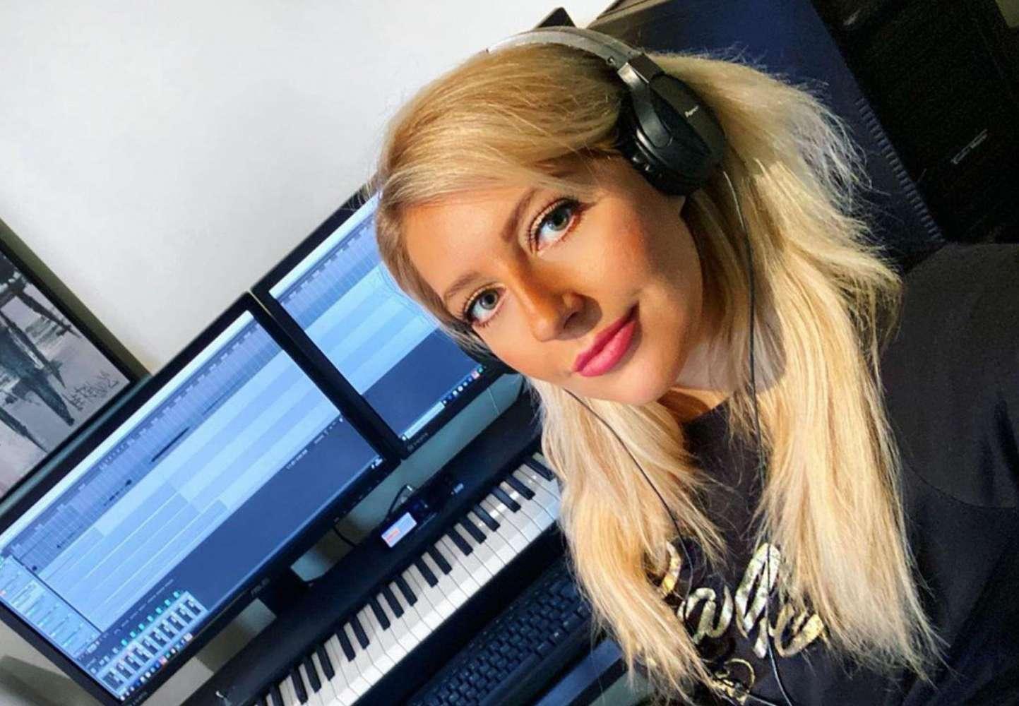 DJ Lucy J MAIN