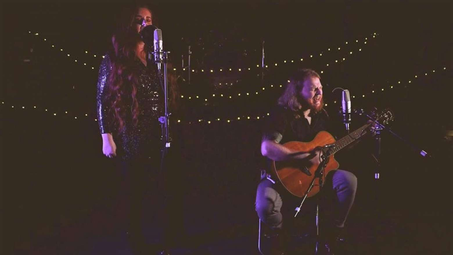 Acoustic Roots | Manchester Acoustic Duo For Hire