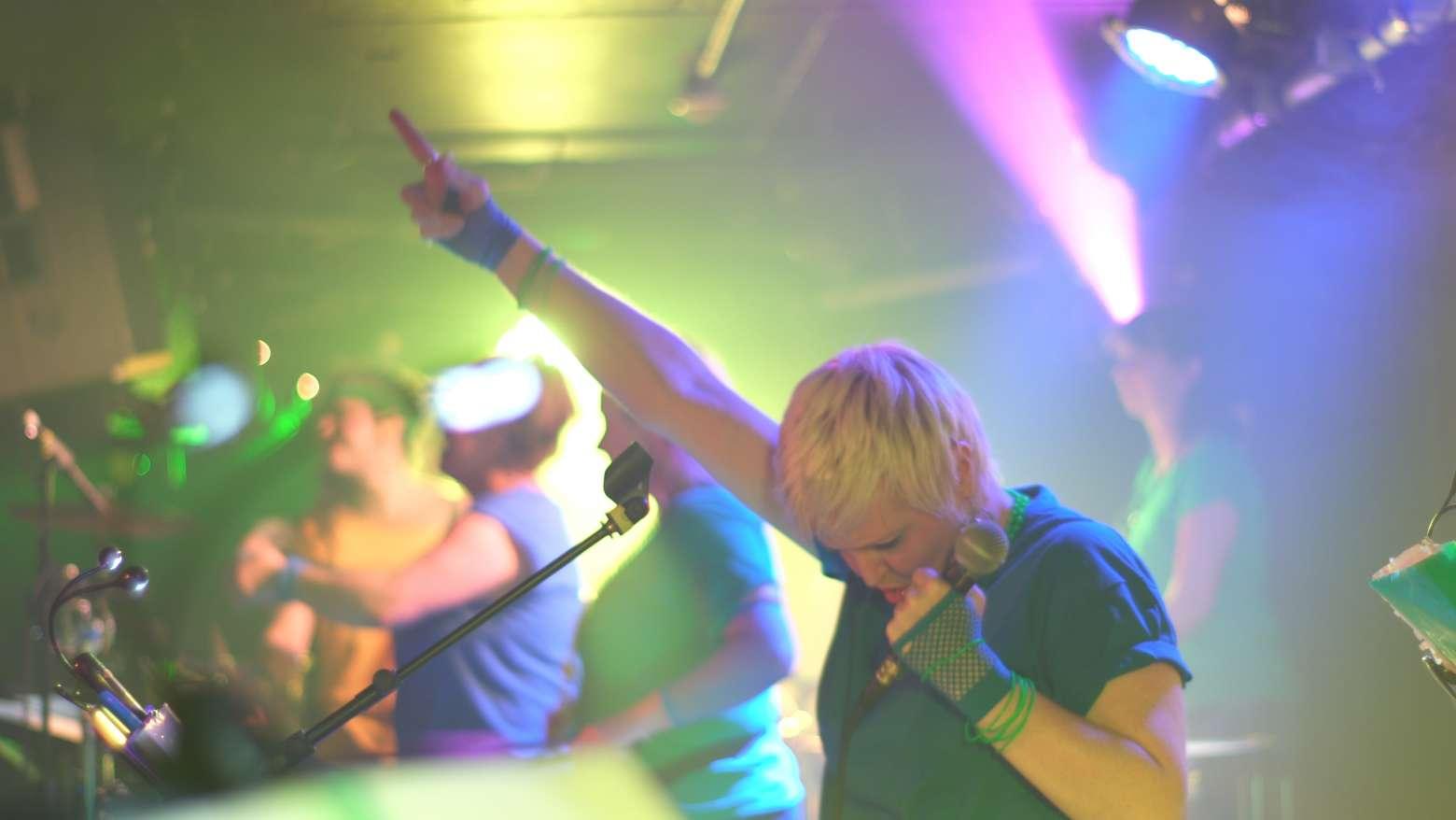 Carnival Karaoke | Brighton Bandeoke Samba Band For Hire