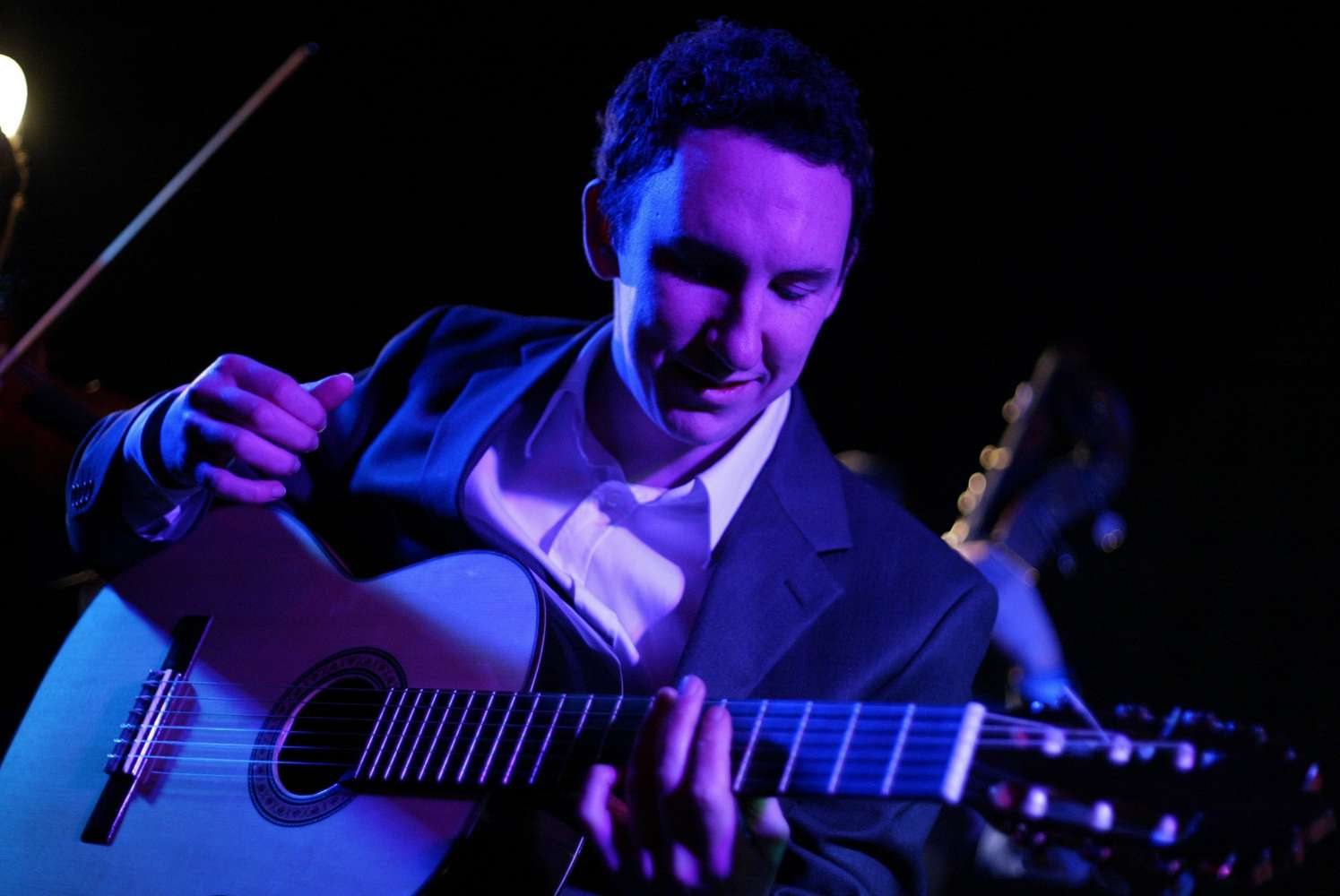 Mike G | Hertfordshire Classical Guitarist For Hire