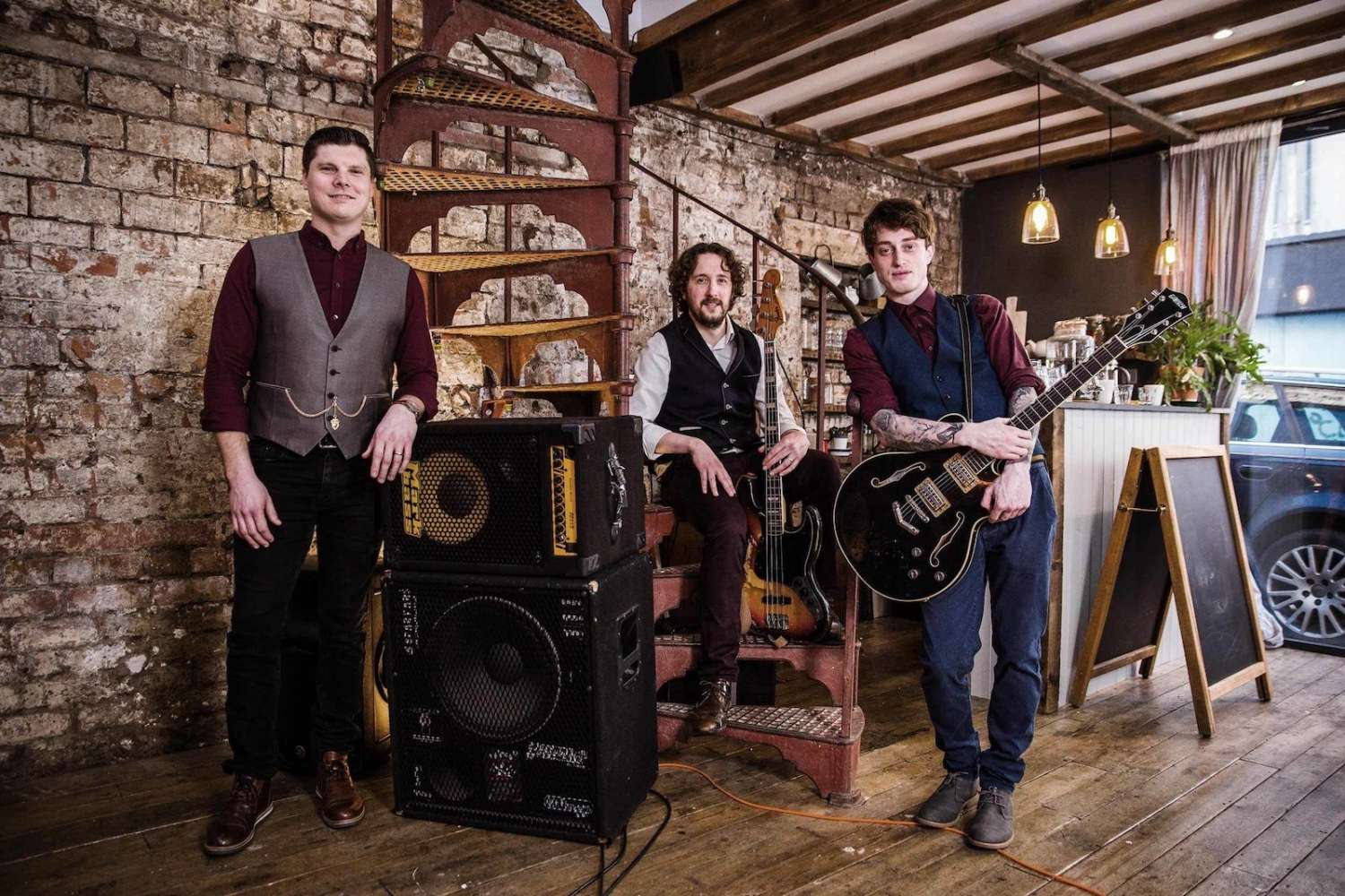 The Crossfades | Bristol Wedding & Party Band For Hire