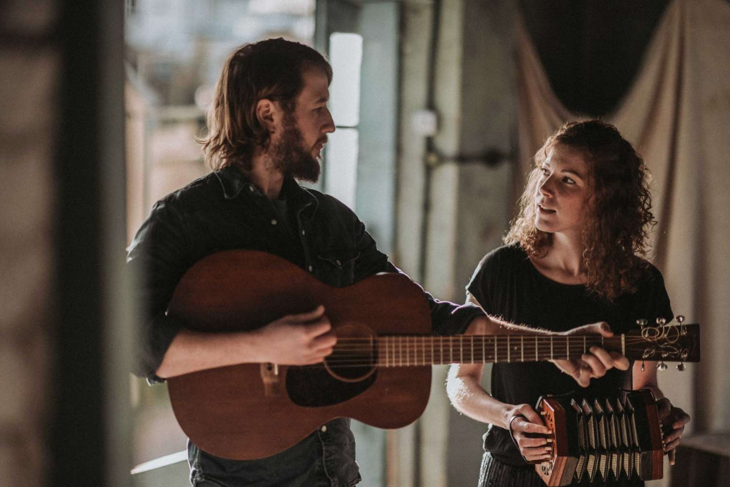 Wildwood Folk Duo | Devon Acoustic Duo For Hire