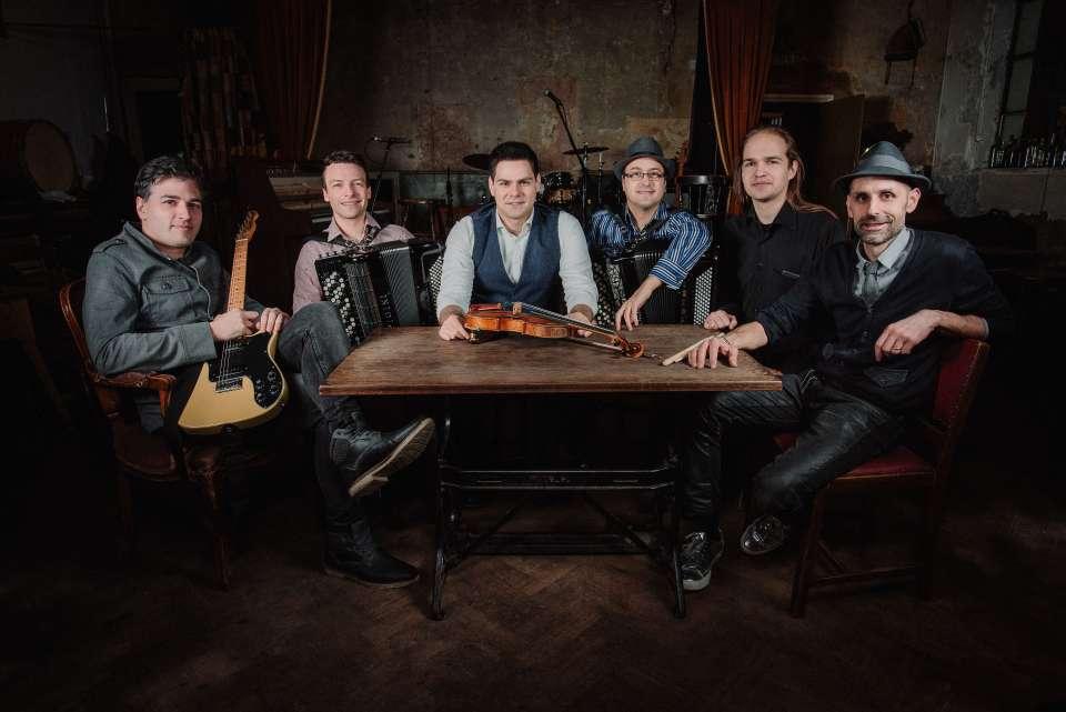 Balkanista London Folk Band 1