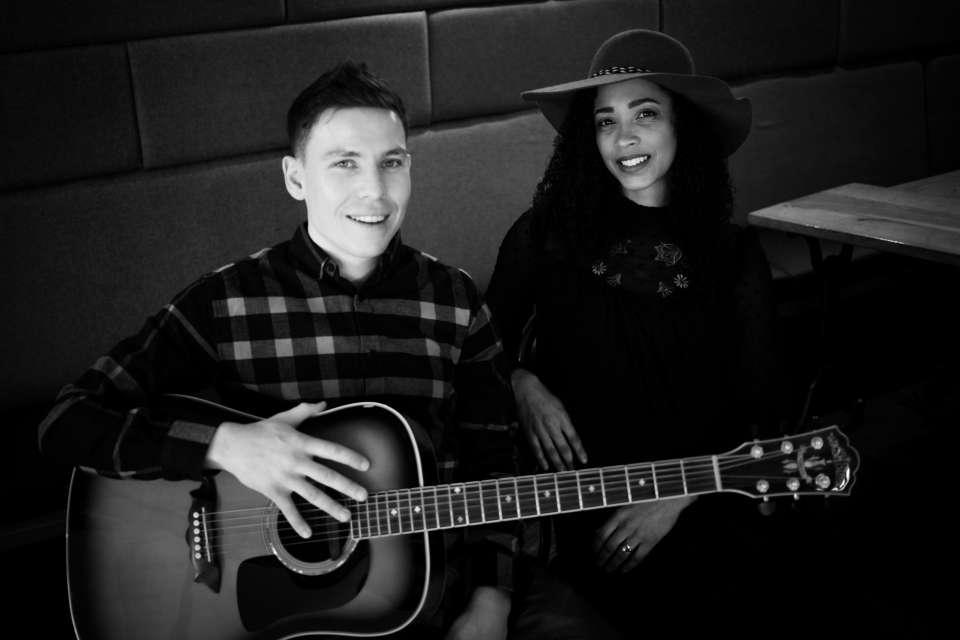Chez Sebastian Leeds Acoustic Duo 2
