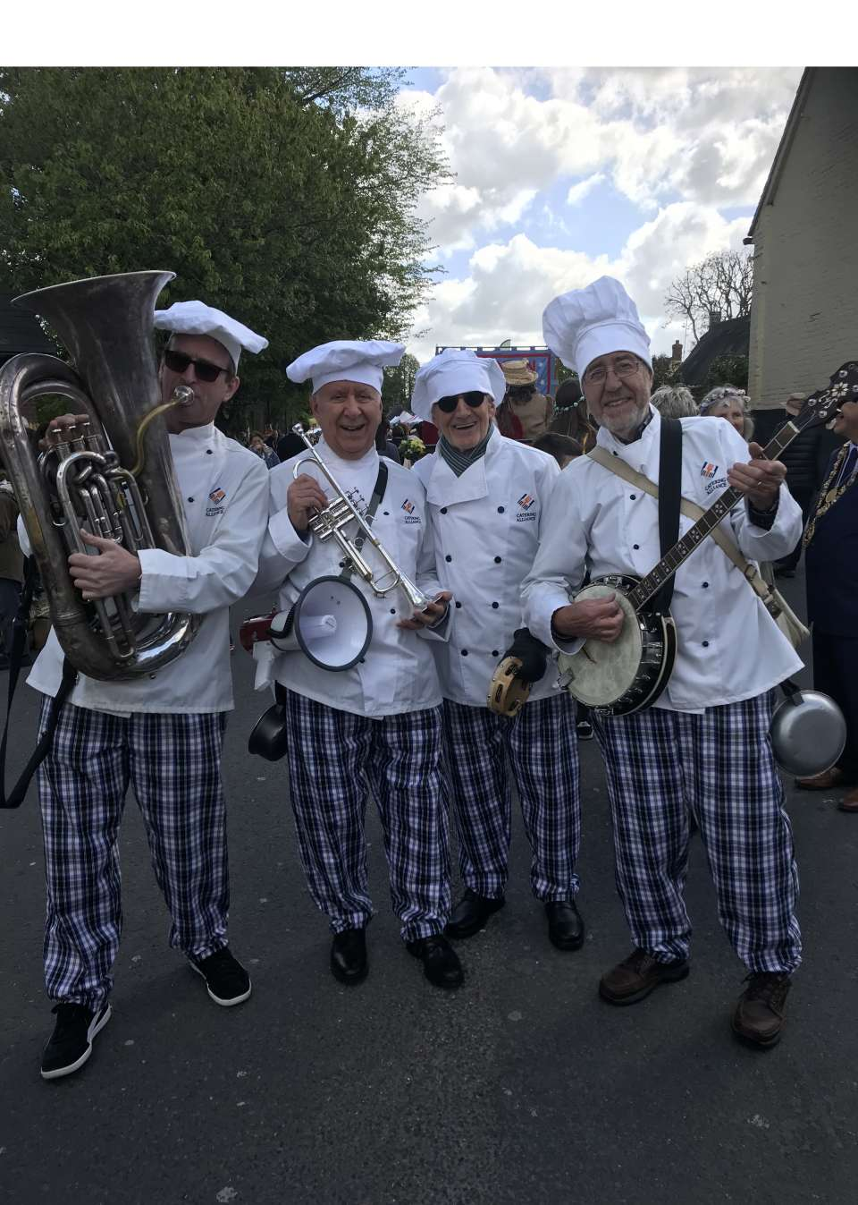 Downtown Dixieland Band chefs