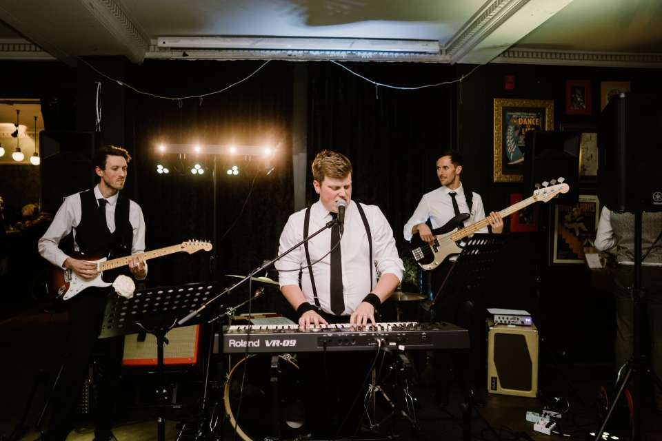 The Get Ups Guildford Wedding Band For Hire 2