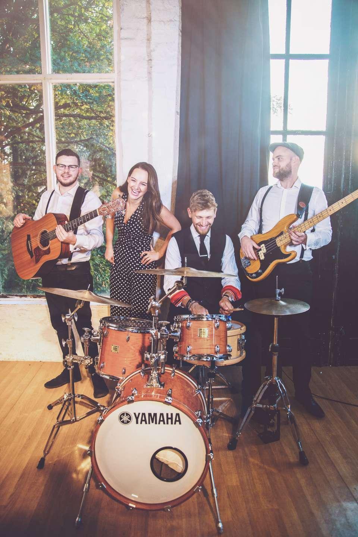 Acoustic quartet london party band