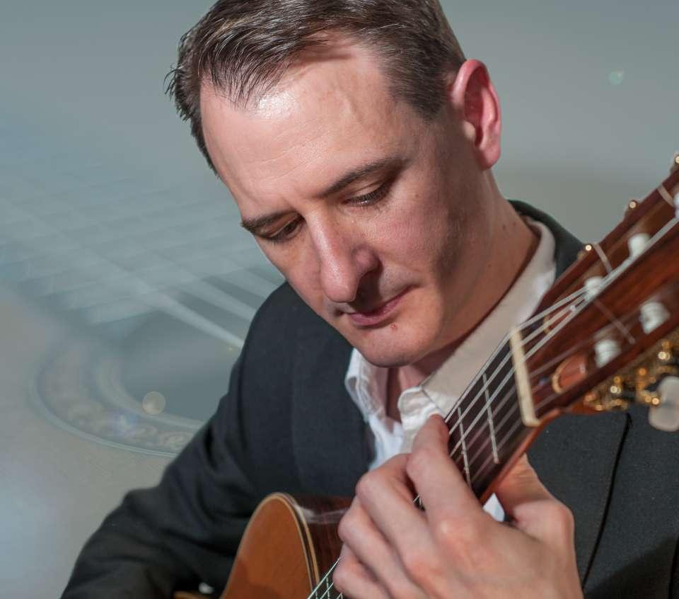 Alan T | Guitarist