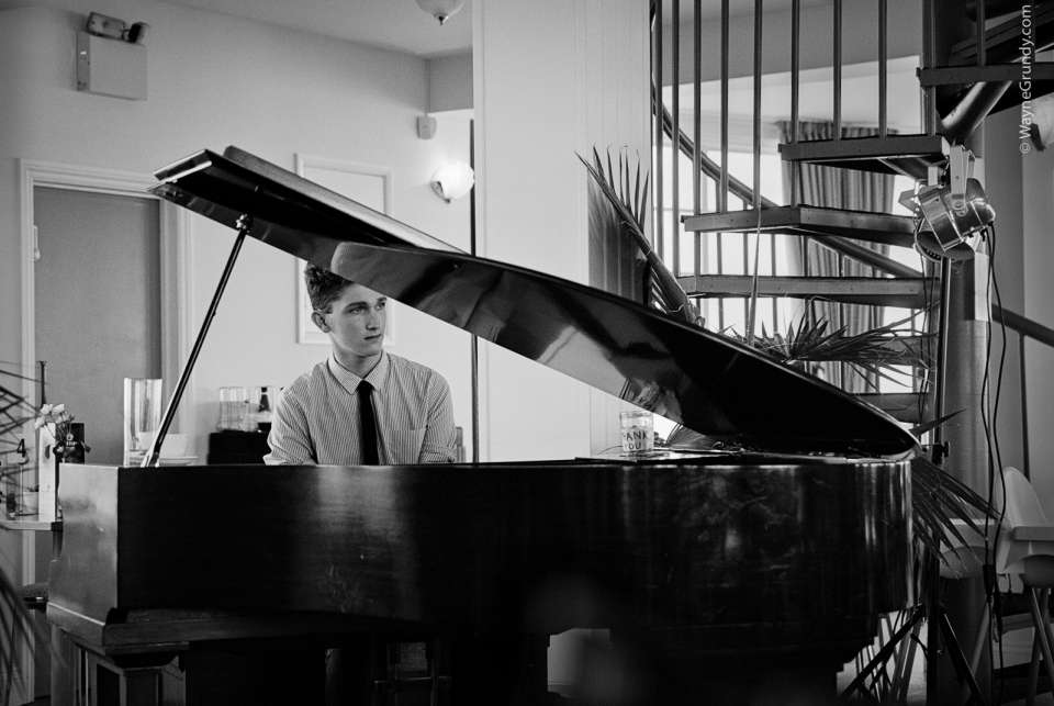 Dave Pianist Jazz South East