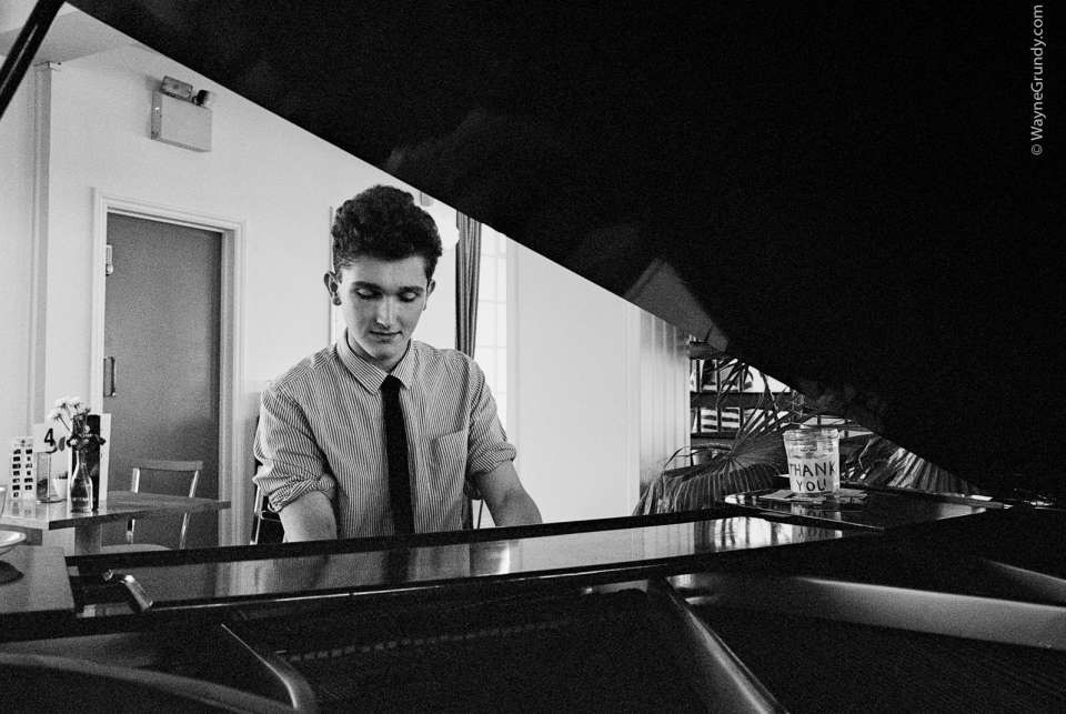 Dave Pianist Main