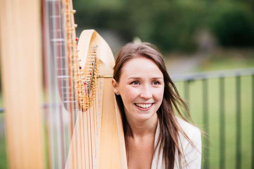 Elinor Jane | Manchester Harpist For Hire
