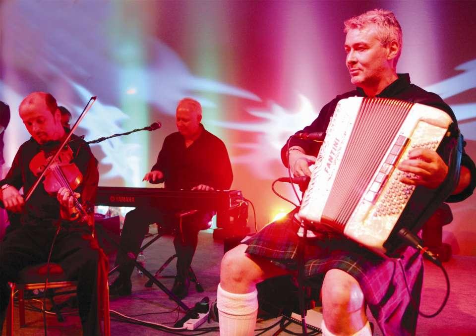 Gleneagles Ceilidh Band Main