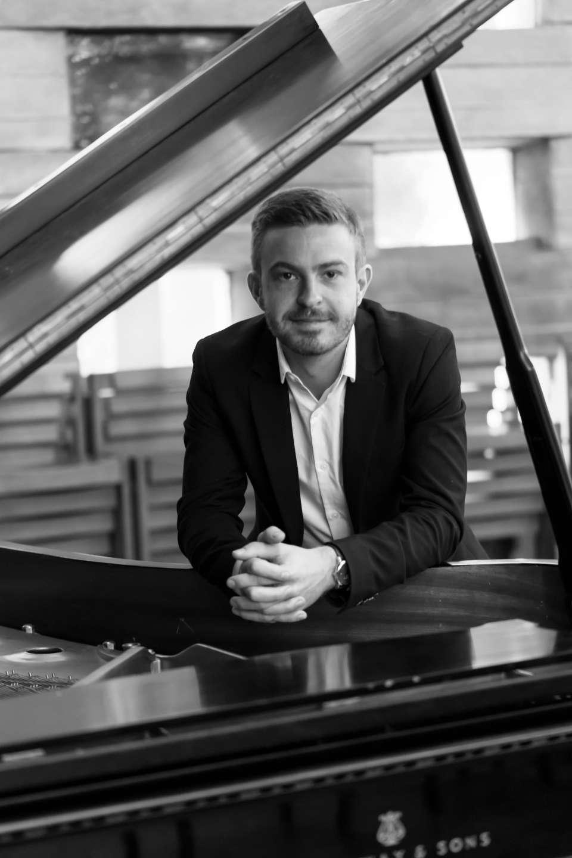 James Pianist Brighton12