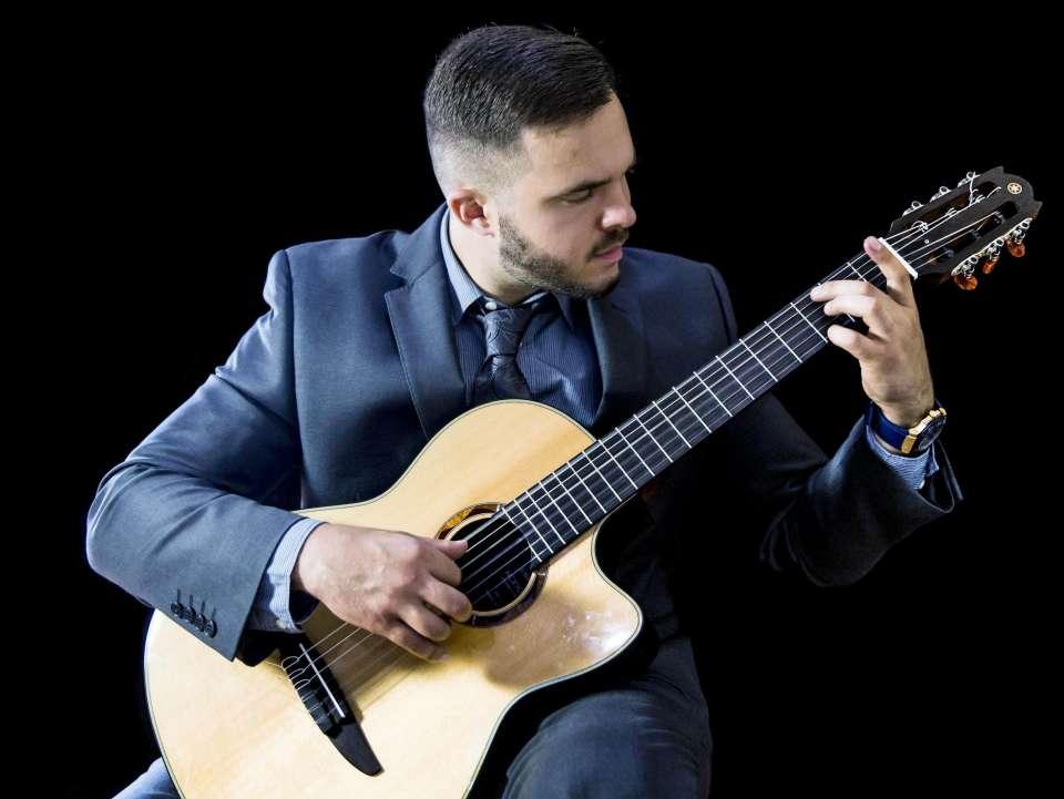 Joseph Joshua | London Classical Guitarist For Hire