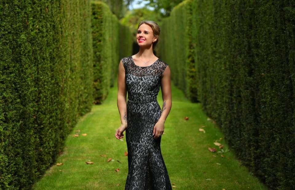 Louise Whiting Singer Main