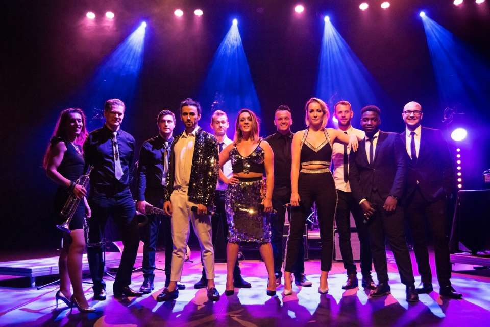 New Power Groove | London Pop, Soul & Motown Band For Hire