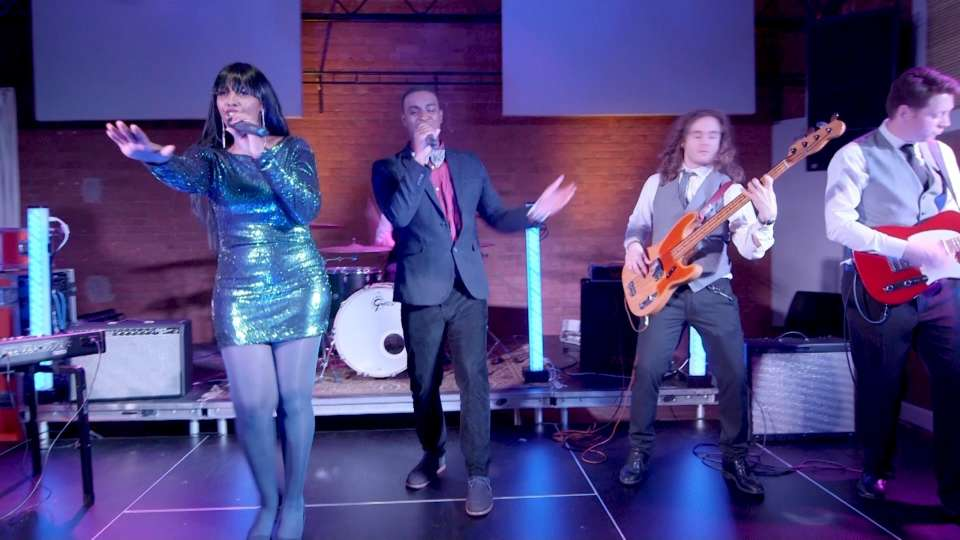 Royal Groove | Soul & Motown Party Band
