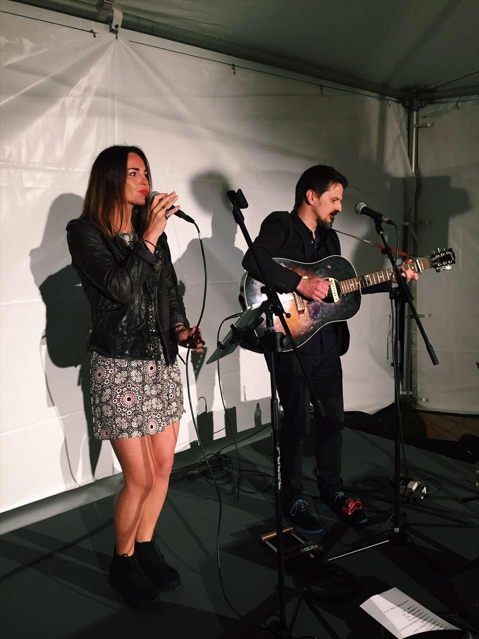 Stephanie blue london singer acoustic duo